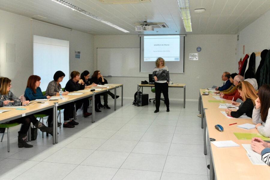 A crear imparte un taller sobre publicidad en la Administración