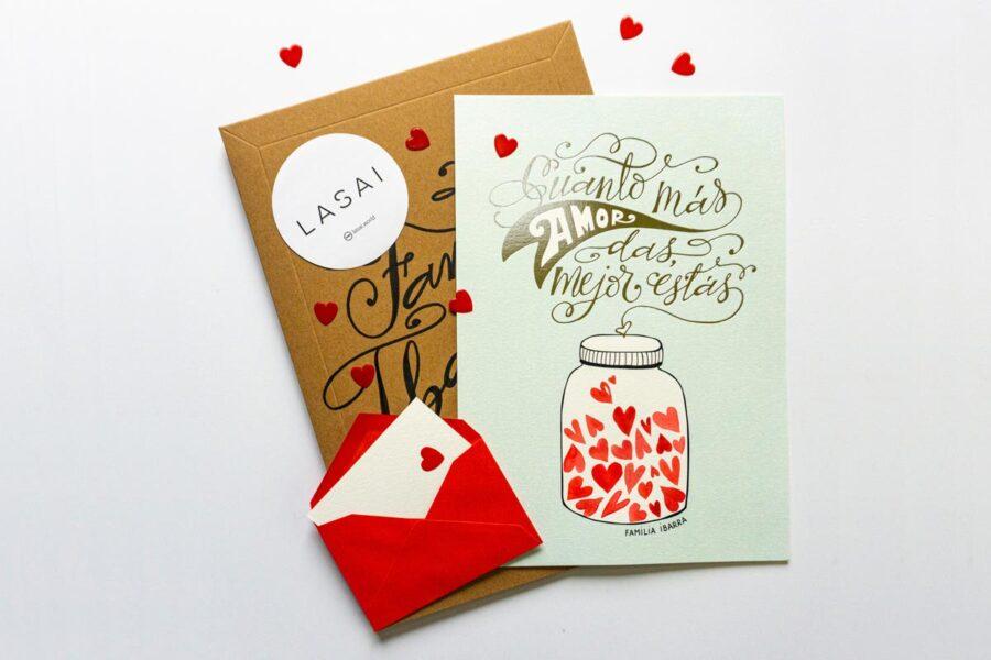 Packagin y póster de la obra 'Cuanto más amor das, mejor estás'